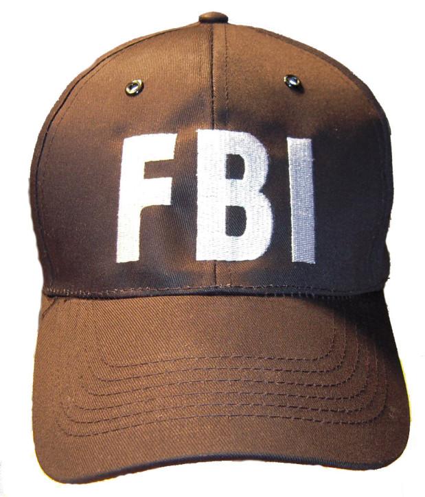 """Basecap mit \""""FBI\"""" Aufschrift."""