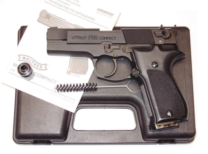 Walther P88 Compact, brüniert Kunststoffgrif, 9mm P.A.K.