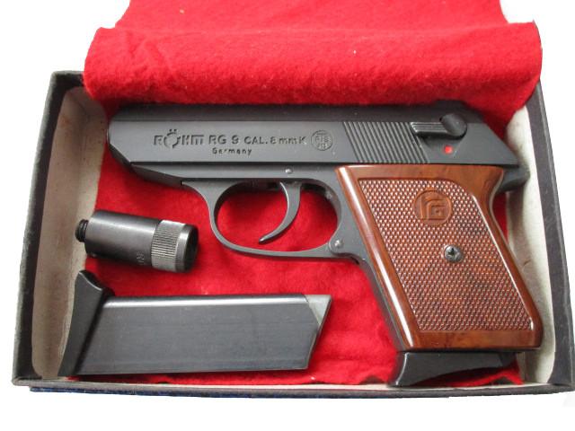 Röhm RG 9 brüniert mit Ersatzmagazin, 8mm Knall
